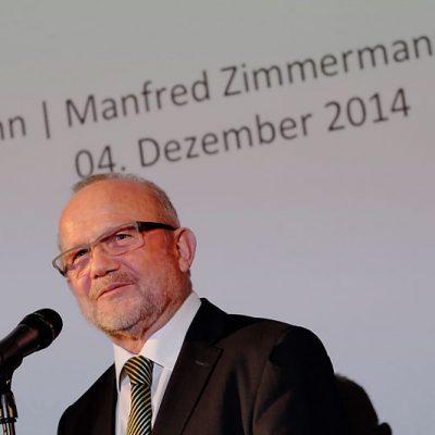 EUROMEDIAHOUSE präsentiert den neuen Bildkalender Touching Moments – Strategisches Sehen 2015 Industriephotographie von Manfred Zimmermann